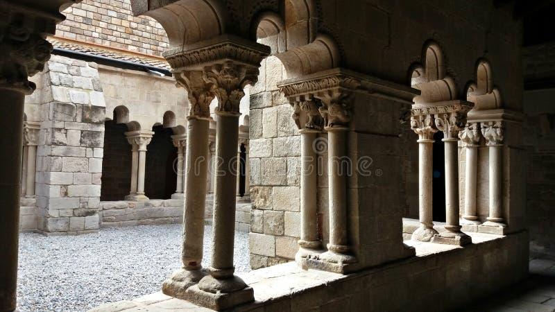 Oud klooster in het centrum van Barcelona stock foto