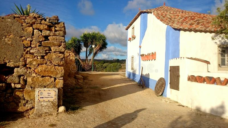 Oud landbouwers Portugees dorp royalty-vrije stock fotografie