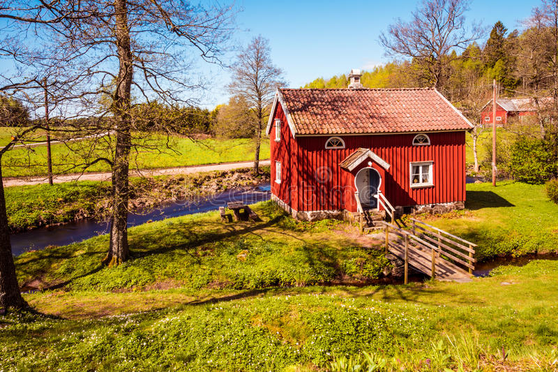 Download Oud landbouwershuis stock foto. Afbeelding bestaande uit kerk - 54086540