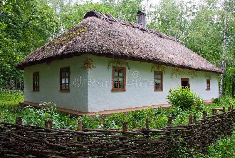 Oud landelijk huis, openluchtmuseum, pereyaslav-Khmelnytsky stock foto's