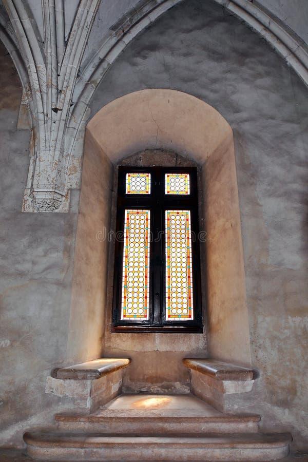 Oud Middeleeuws Venster stock foto's