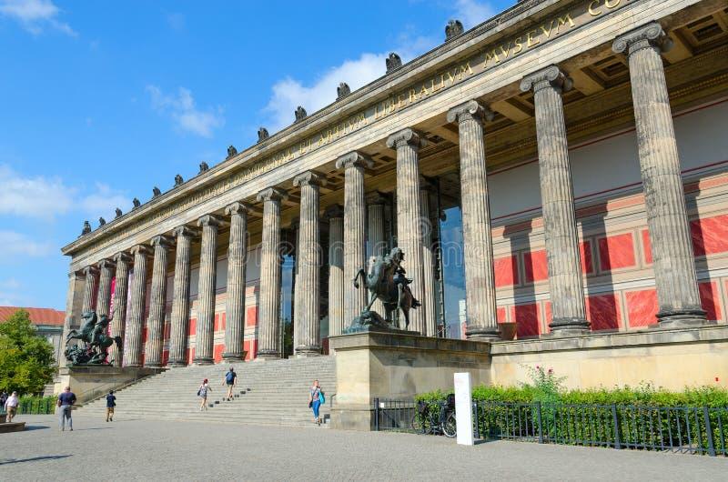Oud Museum op beroemd Museumeiland in Berlijn, Duitsland stock afbeelding