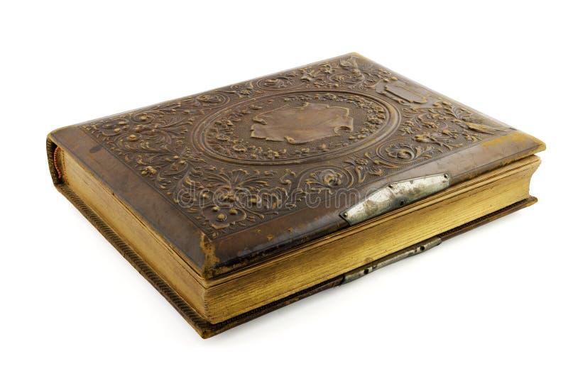 Oud oud die boek op wit wordt geïsoleerd stock fotografie