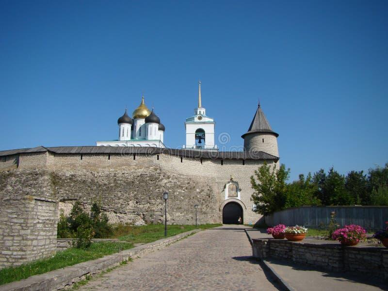 Oud Pskov het Kremlin royalty-vrije stock afbeeldingen