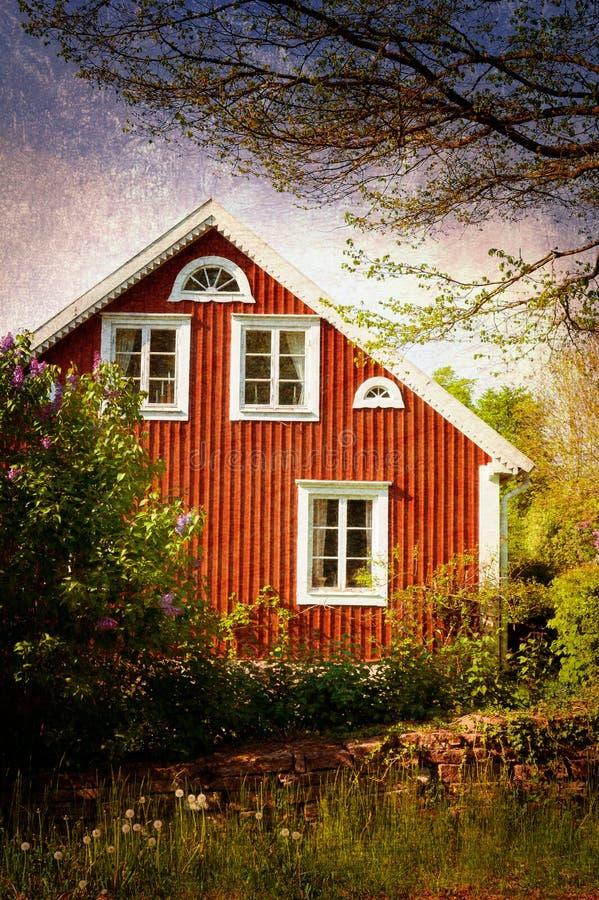 Oud rood blokhuis, Zweden stock afbeelding