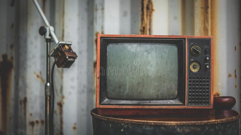 Oud Rusty Grunge Television Collection royalty-vrije stock foto