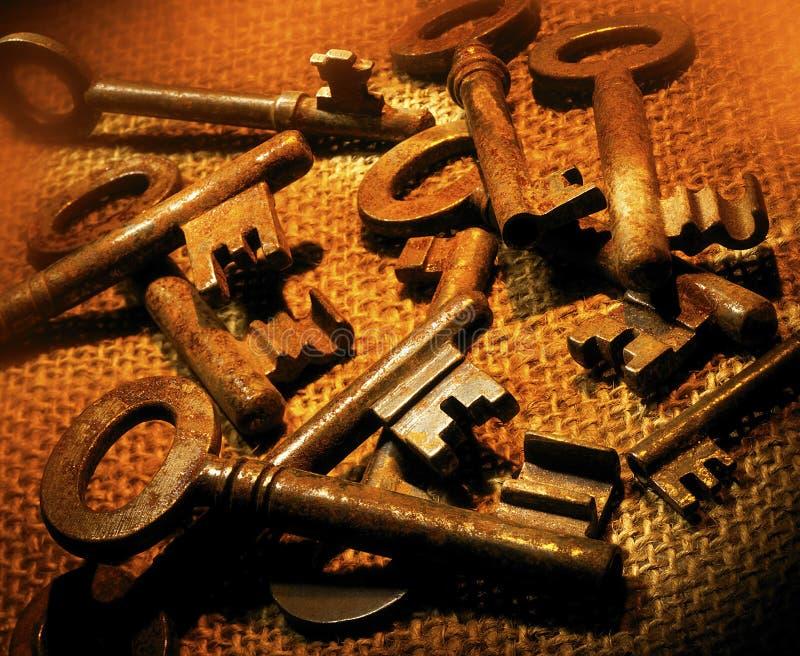 Oud Rusty Keys stock afbeelding