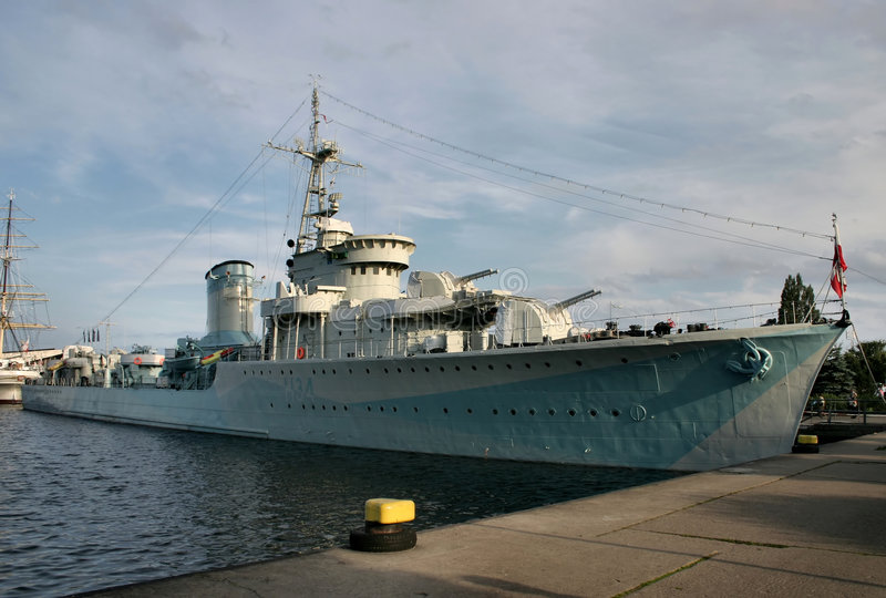 Download Oud slagschip stock afbeelding. Afbeelding bestaande uit gedokt - 288647