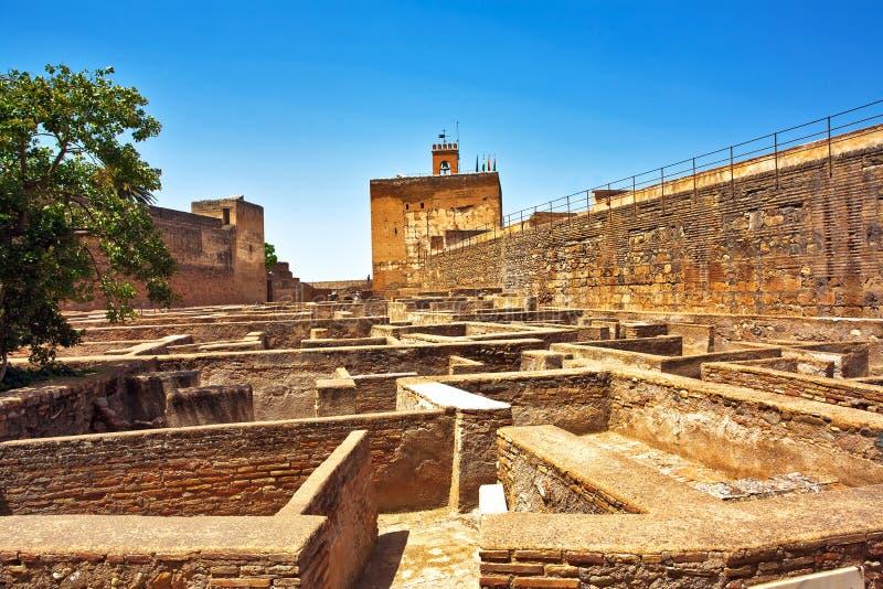 Oud Spaans kasteel in Granada. stock foto's