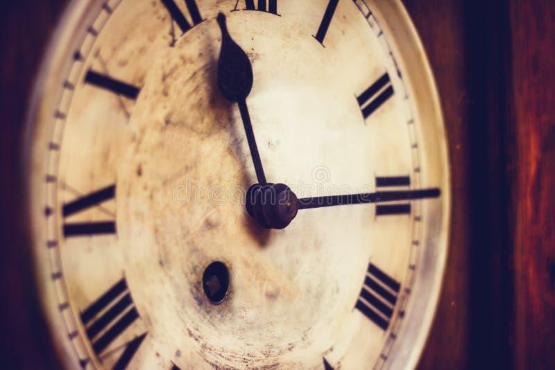Oud staand horloge stock afbeelding