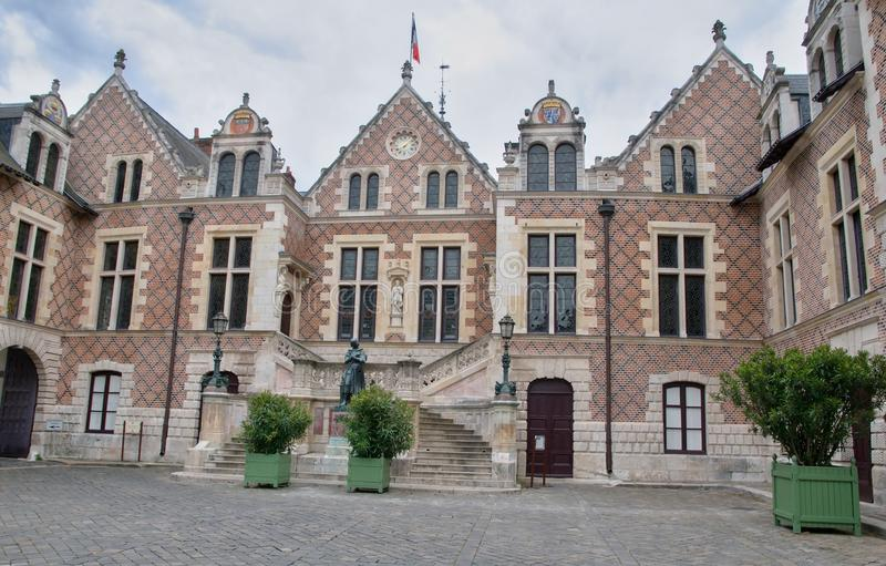 Oud Stadhuis in Orléans - Hotel Groslot stock foto