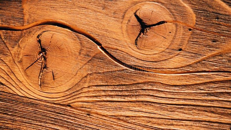 Oud textuted weer-versleten houten raad stock afbeeldingen