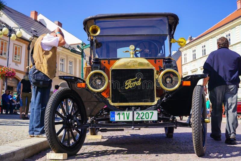Oud Uitstekend Ford Car - Oud Autofestival royalty-vrije stock foto's
