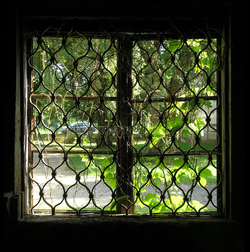 Oud venster royalty-vrije stock afbeeldingen