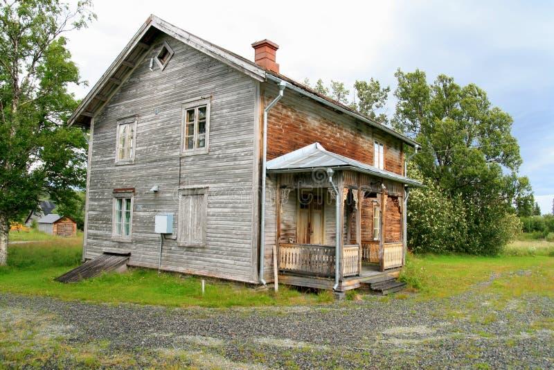Oud verlaten huis royalty vrije stock foto afbeelding 2905325 - Oud huis ...