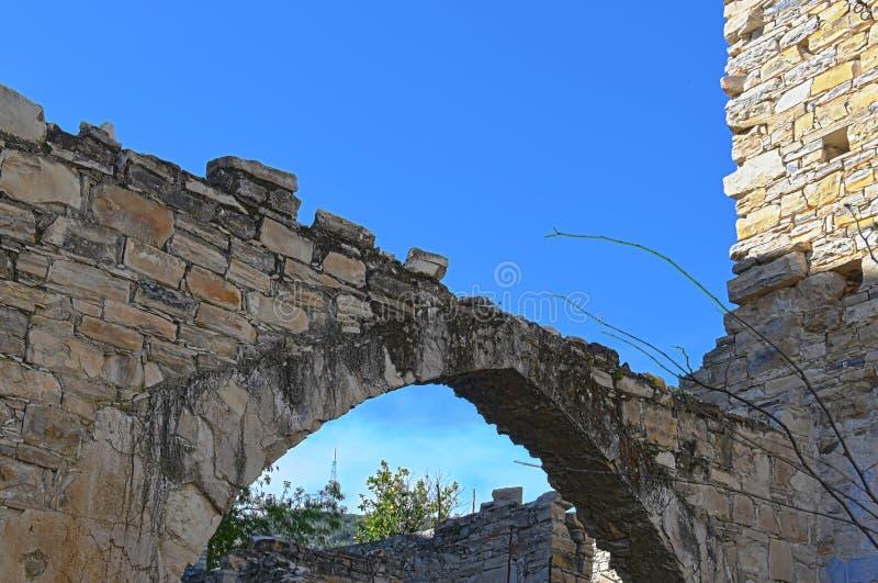 Oud Verlaten Huis in Traditioneel Dorp in Cyprus stock afbeelding