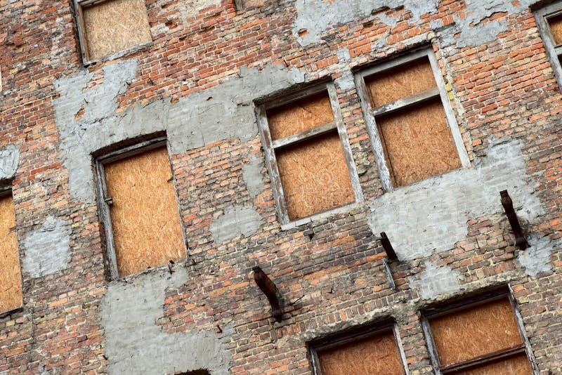 Oud verlaten huis in Warshau royalty-vrije stock fotografie