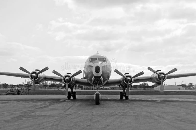 Oud vliegtuig royalty-vrije stock afbeeldingen