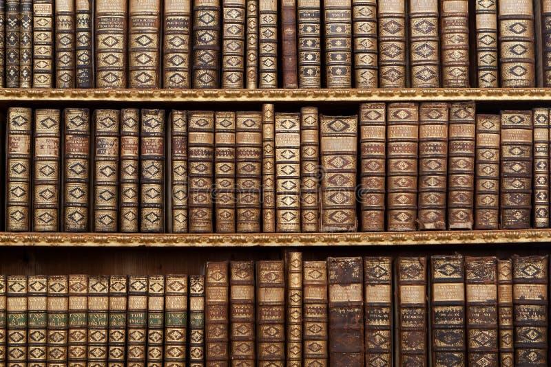 Oude antieke boeken royalty-vrije stock foto