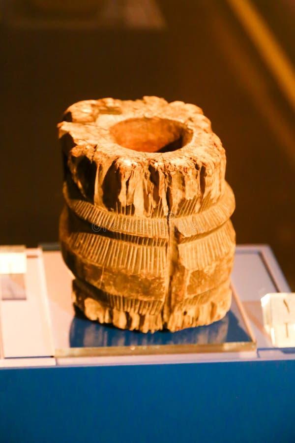 Oude antiquiteiten bij Islamitisch Kunstenmuseum - Sharjah royalty-vrije stock foto