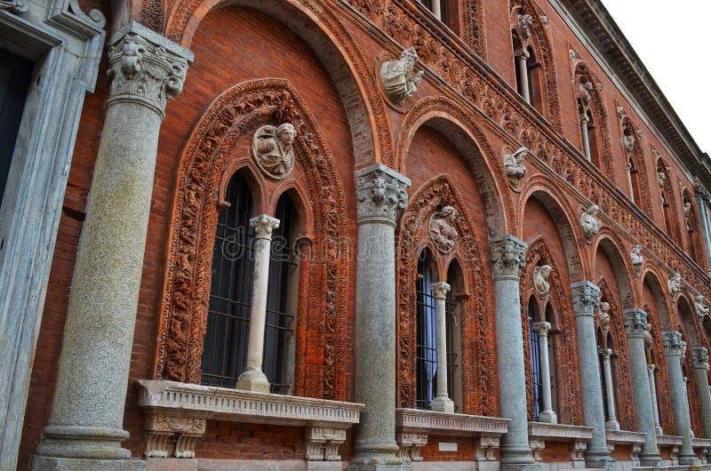 Oude architectuur, de oude kerkbouw, Milaan, Italië royalty-vrije stock fotografie