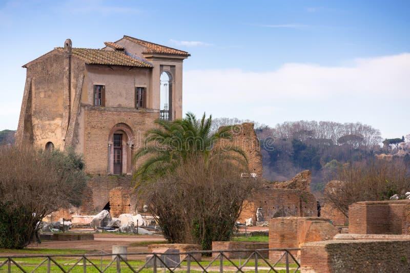 Oude architectuur op de Palatine heuvel in Rome, Italië royalty-vrije stock foto's