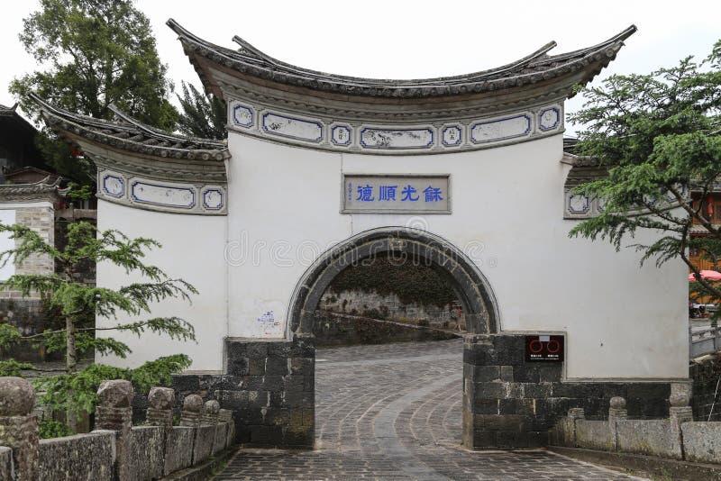 Download Oude Architectuur In Yunnan Heshunstad, China Stock Afbeelding - Afbeelding bestaande uit stad, toneel: 54093121