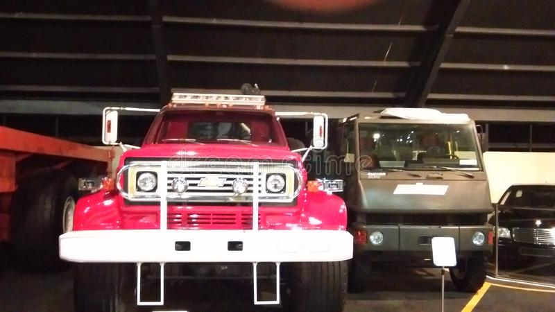 Oude auto's bij automuseum in Abu Dhabi royalty-vrije stock foto's