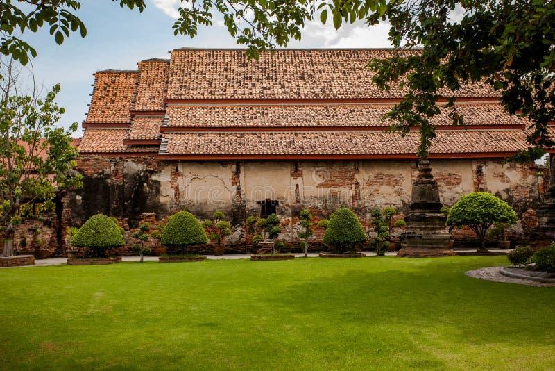 Oude baksteen boeddhistische kerk in atyutthaya van chaimongkol van watyai wor royalty-vrije stock afbeelding