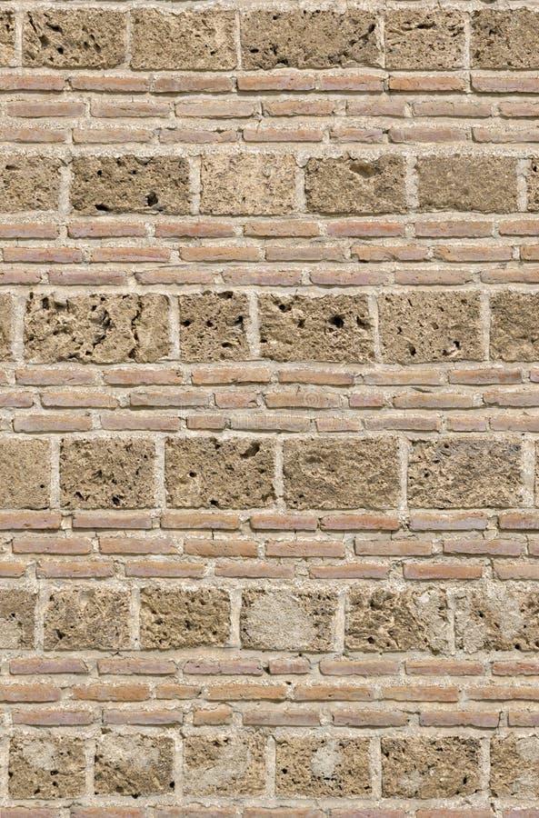 Oude bakstenen muurachtergrond royalty-vrije stock afbeeldingen