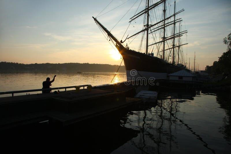 Oude bark Pommern op zonsondergang royalty-vrije stock foto