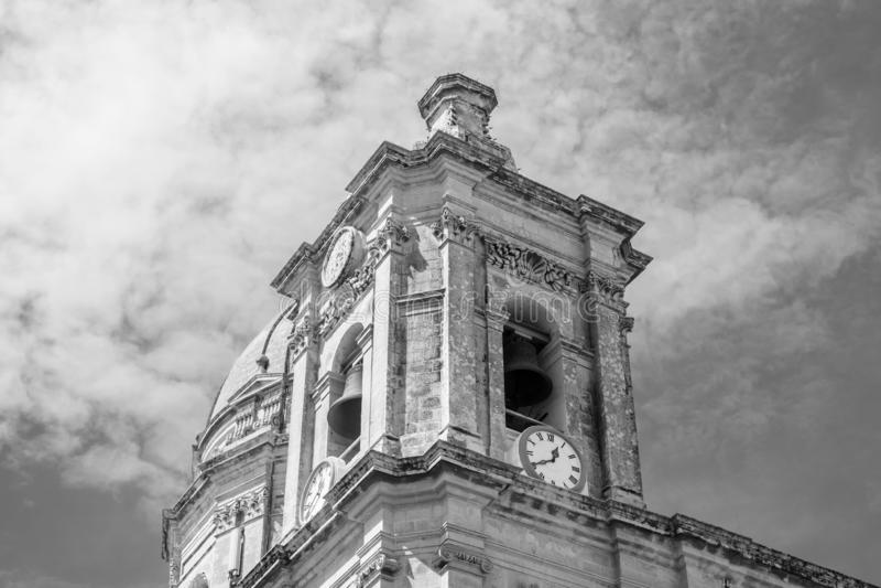 Oude Barokke Klokketoren van St Nicholas Church stock fotografie