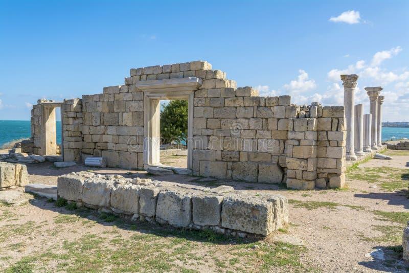 Oude basiliek in Chersonesos stock afbeelding