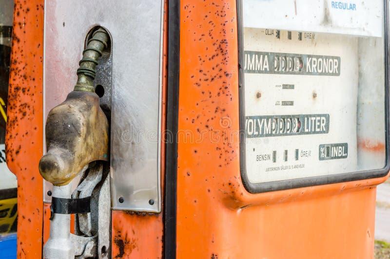 Oude Benzinepomp stock foto's