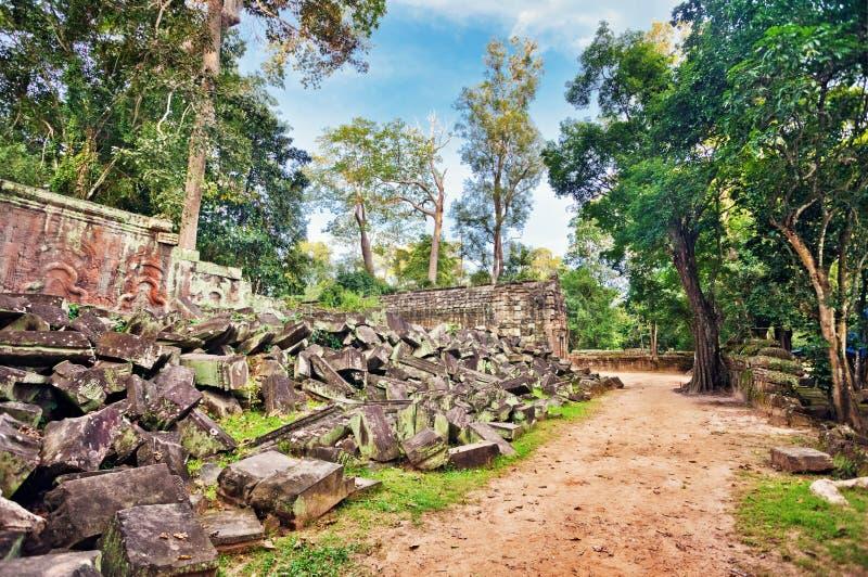 Oude boeddhistische Khmer tempel in Angkor complexe Wat royalty-vrije stock afbeeldingen