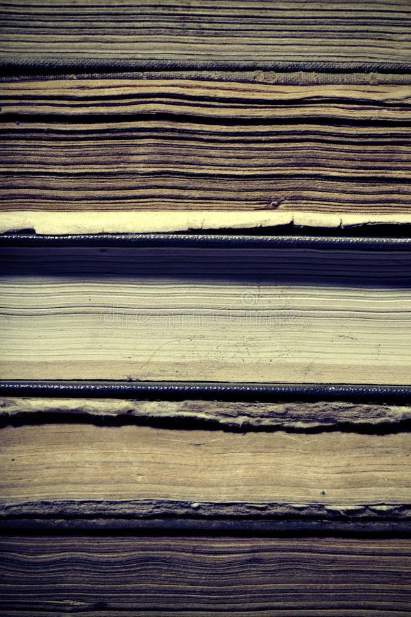 Oude boeken van bibliotheek, bron van oude kennis royalty-vrije stock fotografie