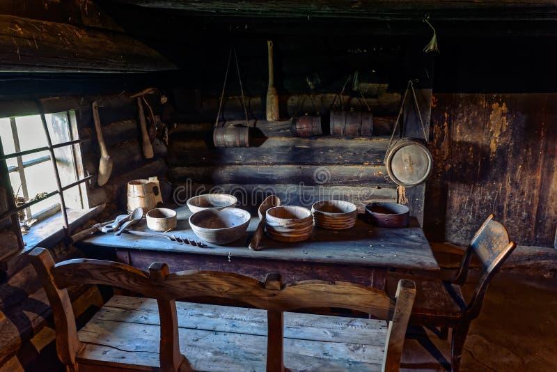 Oude Boerderijeettafel royalty-vrije stock fotografie