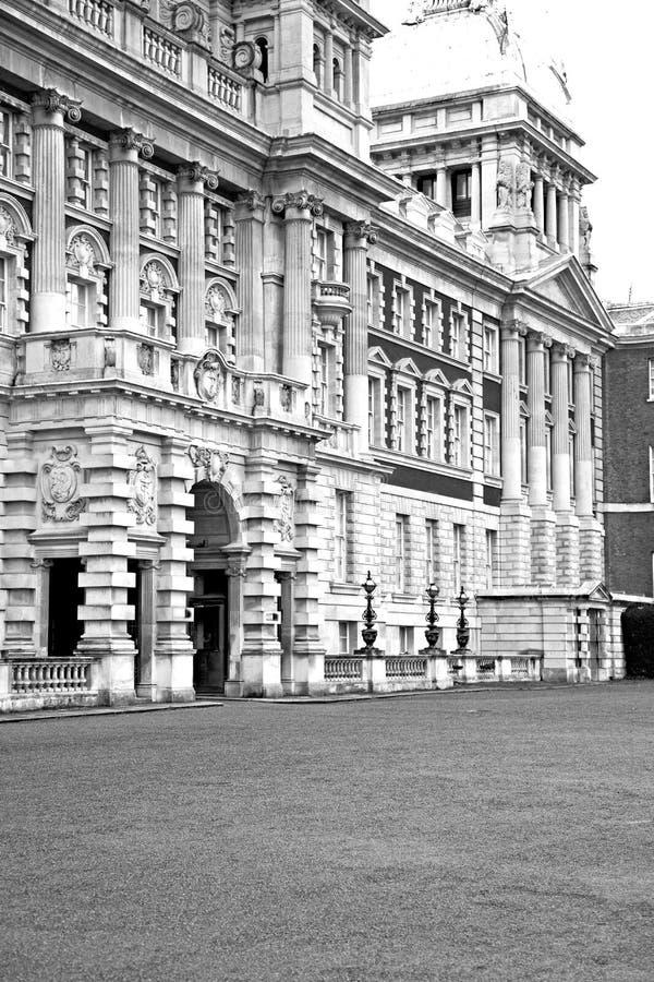 oude bouw in englan de muurantiquiteit en licht van D Europa Londen stock afbeeldingen