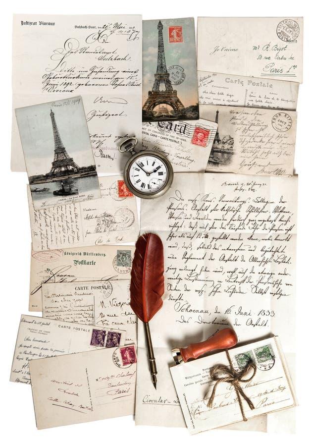 Oude brieven, toebehoren en prentbriefkaaren royalty-vrije stock afbeelding