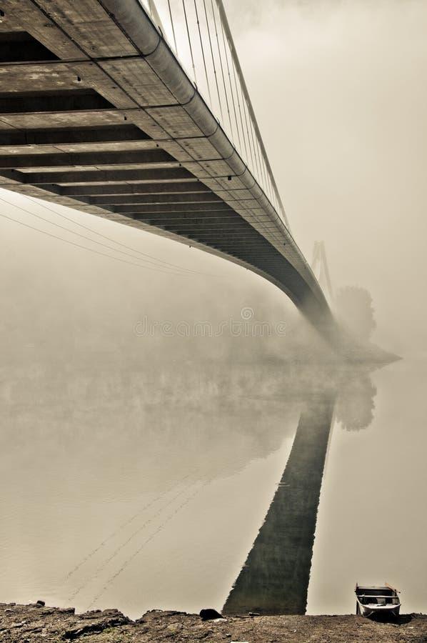 Oude brug stock afbeelding