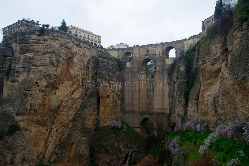 Oude brug, ronda, andalusia, Spanje royalty-vrije stock fotografie