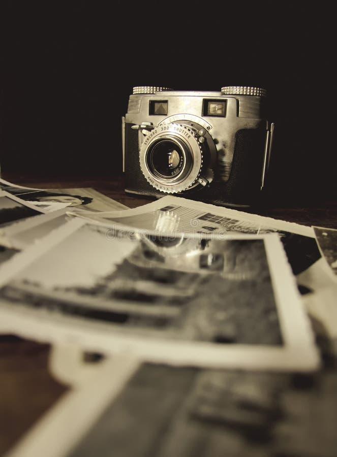 Oude Camera met Photo3 royalty-vrije stock foto