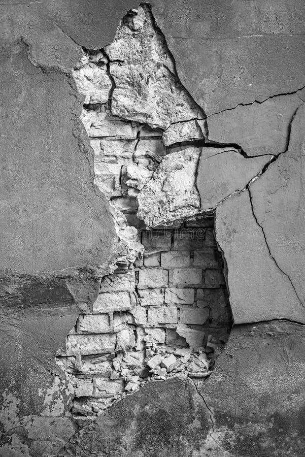 Oude cement en bakstenen muur stock afbeelding