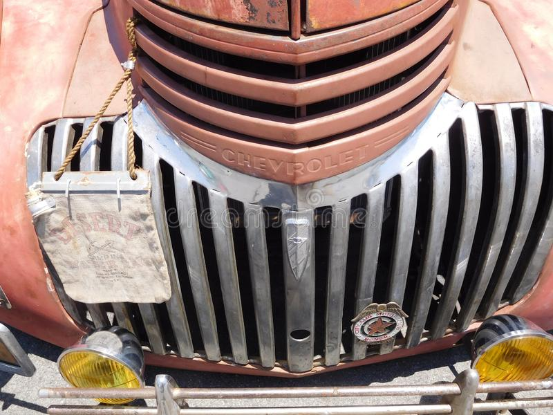 Oude Chevrolet-Vrachtwagengrill stock foto