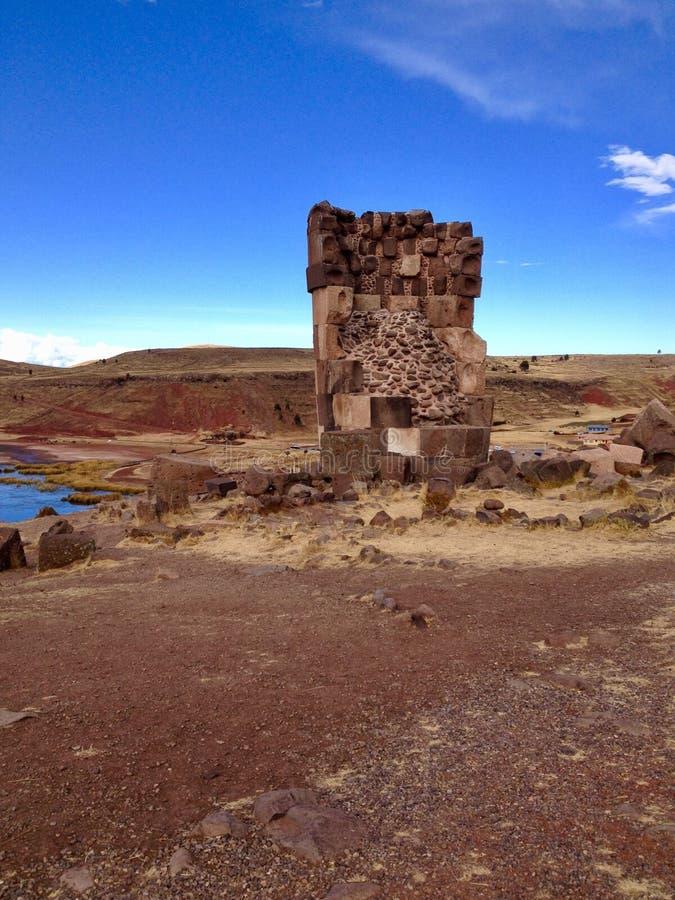 Oude chullpas in Sillustani dichtbij Puno Peru stock fotografie
