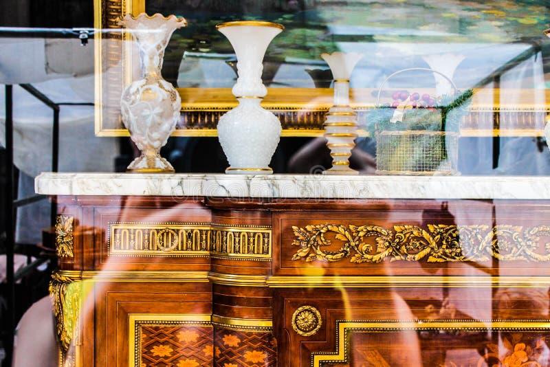 Oude de Objecten van de Meubilairelegantie Bedrijfslade royalty-vrije stock foto