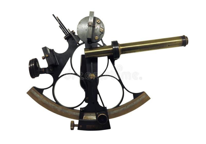 Oude de sextantastrolabe van de bronsnavigatie isoleert op witte bac stock foto's