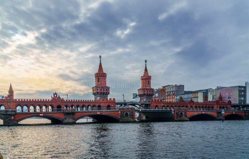 Oude Duitse brug stock foto's