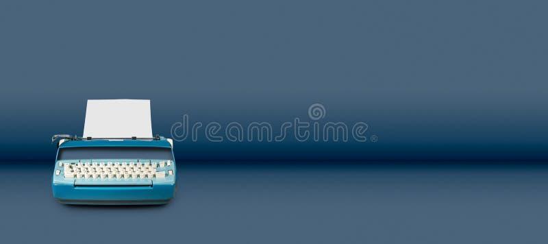 Oude elektrische schrijfmachine op blauwe lijstachtergrond royalty-vrije stock foto