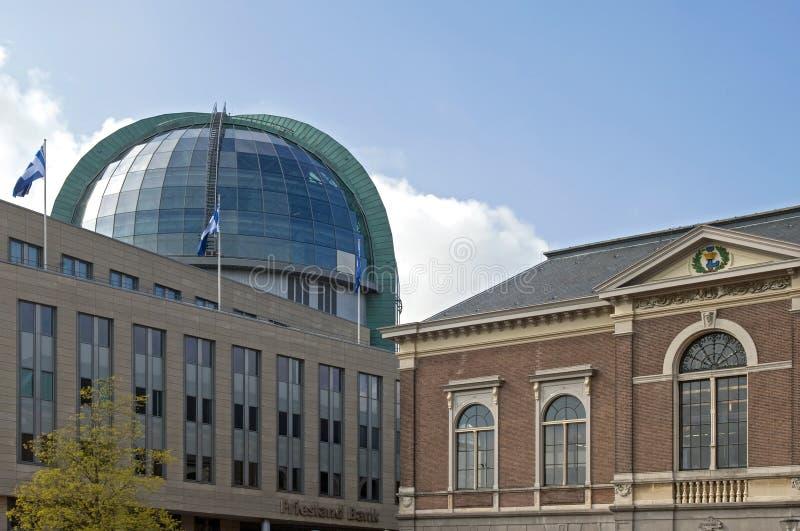 Oude en moderne architectuur stad leeuwarden redactionele stock foto afbeelding 39105823 - Eigentijds huis nantes ...